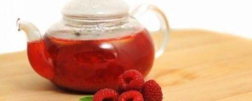 Чай с малиной – первая помощь при температуре