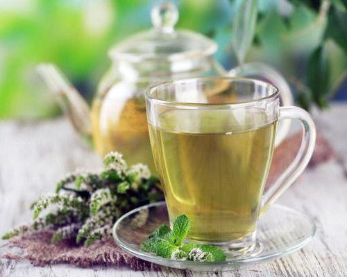 Какая калорийность зеленого чая с сахаром и без него