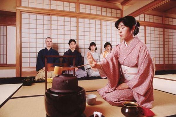 Участники чаепития