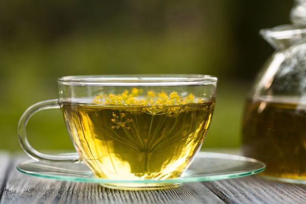 Укропный чай для кормящей мамы и новорожденных